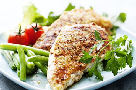 UKC dieta je učinkovita, ker vsebuje malo ogljikovih hidratov.